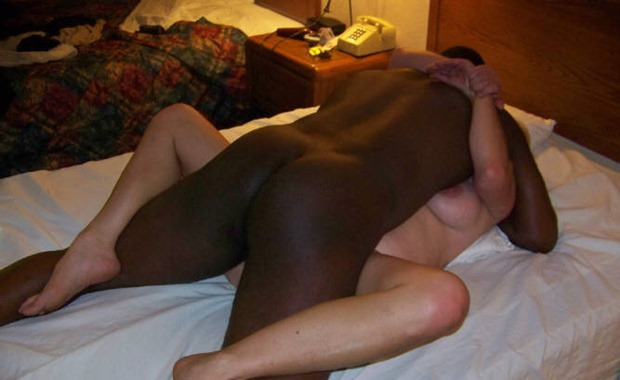 darkcavern-com-interracial-bareback